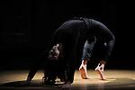 TRANSFORME ECRIRE SESSION 4/4<br /> Levante<br /> Chorégraphie et interprétation : Lorena Dozio<br /> Musique : Carlo Ciceri<br /> Collaboration musicale : Daniel Zea<br /> Voix : Marine Beelen<br /> directrice artistique et pédagogique du PRCC : Myriam Gourfink<br /> Compositeur référent : Daniel Zea<br /> Lieu : Fondation Royaumont - Grand comble<br /> Cadre : Fenêtre sur cour(s)<br /> Ville : Asnières sur Oise<br /> Le : 24/02/2012<br /> © Laurent PAILLIER / photosdedanse.com<br /> All Rights reserved