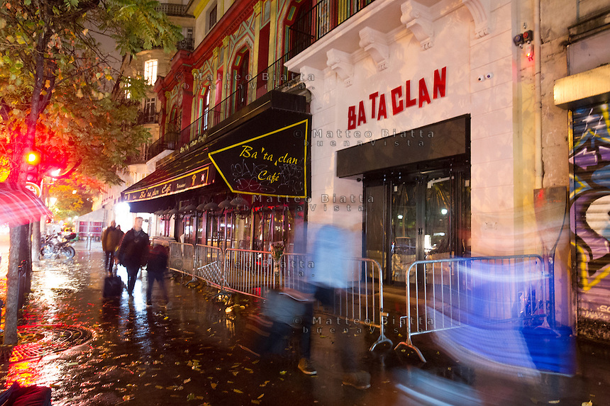 Parigi nella foto Bataclan geografico Parigi 04/11/2016 foto Matteo Biatta<br /> <br /> Paris in the picture Bataclan geographic Paris 04/11/2016 photo by Matteo Biatta