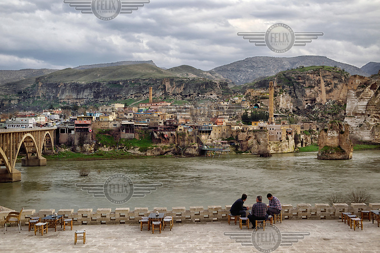 The Tigris River and the town of Hasankeyf much of which will be submerged beneath 60 metres (200 feet) of water following the completion of the Ilisu hydroelectric dam, 96 kilometres (60 miles) downstream.