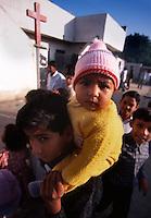 Islamabad / Pakistan.<br /> Membri di una comunità cristiana vivono nella paura di incursioni delle bande di fondamentalisti musulmani.<br /> Members of a Christian community live in fear of raids by gangs of Muslim fundamentalists.<br /> Photo Livio Senigalliesi