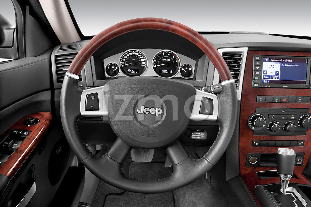 Steering wheel view of a 2009 Jeep Grand Cherokee 5 Door