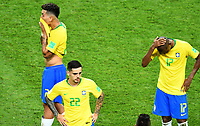 KAZAN - RUSIA, 06-07-2018: THIAGO SILVA, FAGNER, FERNANDINHO jugadores de Brasil lucen decepcionados después del partido de cuartos de final entre Brasil y Bélgica por la Copa Mundial de la FIFA Rusia 2018 jugado en el estadio Kazan Arena en Kazán, Rusia. / THIAGO SILVA, FAGNER, FERNANDINHO players of Brazil look disappointed after the match between Brazil and Belgium of quarter final for the FIFA World Cup Russia 2018 played at Kazan Arena stadium in Kazan, Russia. Photo: VizzorImage / Julian Medina / Cont