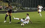 Deportes Tolima se impuso 3-1 al Atlético Huila en el marco de la décima fecha del Apertura Colombiano 2015, en la contienda que tuvo como escenario el estadio Manuel Murillo Toro de Ibagué.