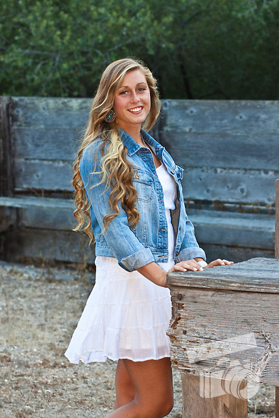 Senior Portraits taken in Lompoc, CA of Cabrillo High School Senior Sydney by Kimberly C. Park of KCP photography.