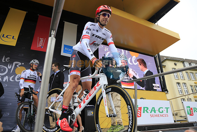 Koen De Kort (NED) Trek-Segafredo at sign on in Dusseldorf before the start of Stage 2 of the 104th edition of the Tour de France 2017, running 203.5km from Dusseldorf, Germany to Liege, Belgium. 2nd July 2017.<br /> Picture: Eoin Clarke | Cyclefile<br /> <br /> <br /> All photos usage must carry mandatory copyright credit (&copy; Cyclefile | Eoin Clarke)