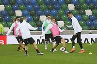Sandro Wagner (Deutschland, Germany) gegen Matthias Ginter (Deutschland Germany) - 04.10.2017: Deutschland Abschlusstraining, Windsor Park Belfast