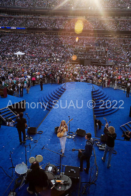 Denver, Colorado<br /> August 28, 2008<br /> <br /> Sheryl Crow performed live at the Democratic National Convention in Denver, at the Mile High Stadium.