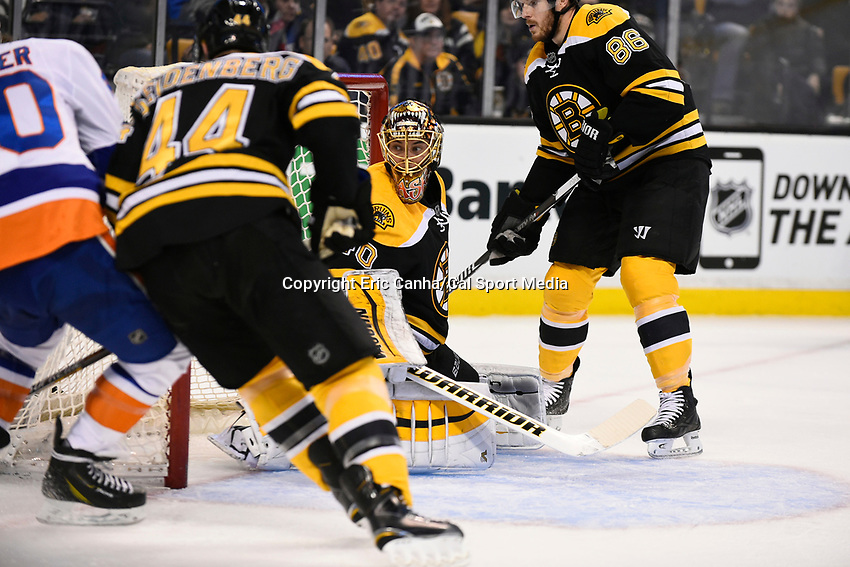 February 7, 2015 - Boston, Massachusetts, U.S. - Boston Bruins goalie Tuukka Rask (40) in game action during the NHL game between the New York Islanders and the Boston Bruins held at TD Garden in Boston Massachusetts. The Bruins defeated the Islanders 2-1 in regulation time. Eric Canha/CSM