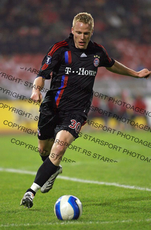 Sport soccer football fudbal UEFA league UEFA liga 1. round Red Star Bayern Munich Crvena Zvezda Bajern Minhen Lell Christian 25.10.2007. photo: Pedja Milosavljevic