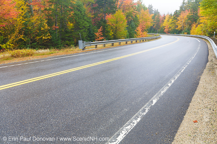 Autumn foliage along the Kancamagus Scenic Byway in White Mountains, New Hampshire USA.