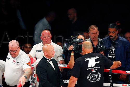 23rd September 2017, Manchester Arena, Manchester, England; WBO World Heavyweight, Joseph Parker versus Hughie Fury; A member of Team Fury criticises the officials following the marking and result