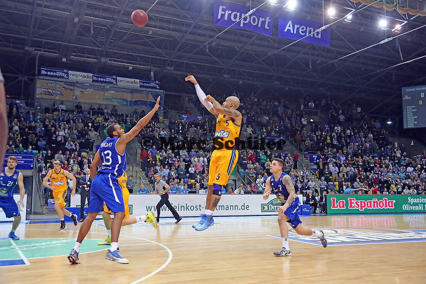 Dreier von David Logan (ALBA) - Fraport Skyliners vs. Alba Berlin Fraport Arena Frankfurt