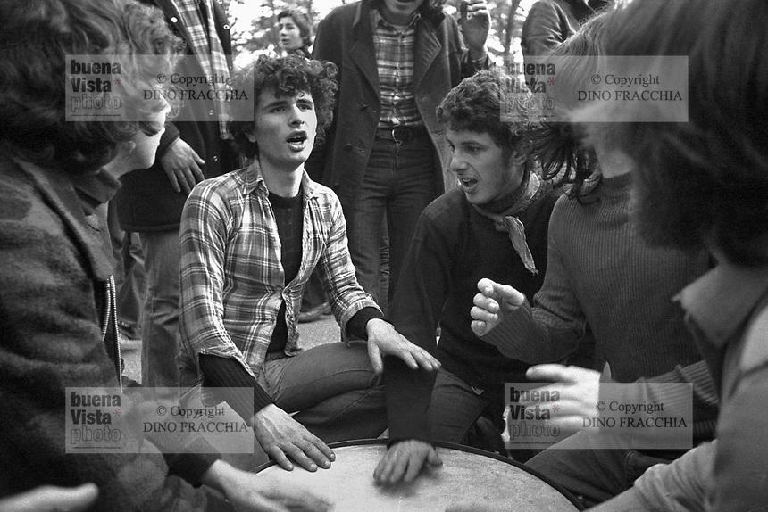 Αποτέλεσμα εικόνας για circoli proletariato giovanile, anni '70
