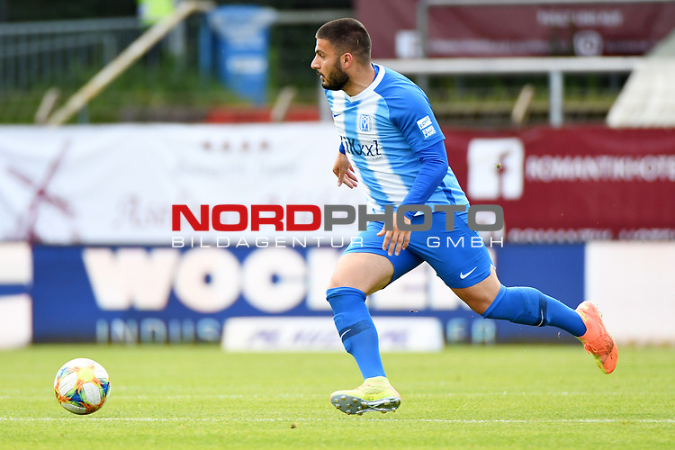 28.06.2020, Hänsch-Arena, Meppen, GER, 3.FBL, SV Meppen vs. FC Ingolstadt 04 <br /> <br /> im Bild<br /> Deniz Undav (SV Meppen, 9) am Ball.<br /> <br /> DFL REGULATIONS PROHIBIT ANY USE OF PHOTOGRAPHS AS IMAGE SEQUENCES AND/OR QUASI-VIDEO<br /> <br /> Foto © nordphoto / Paetzel