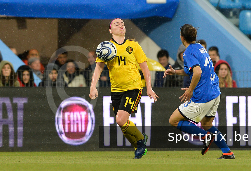 20180410 - FERRARA , ITALY : Belgian Davinia Vanmechelen  pictured during the female soccer game between Italy and the Belgian Red Flames , the fifth game in the qualificaton for the World Championship qualification round in group 6 for France 2019, Tuesday 10 th April 2018 at Stadio Paolo Mazza / Stadio Comunale in Ferrara , Italy . PHOTO SPORTPIX.BE | DAVID CATRY
