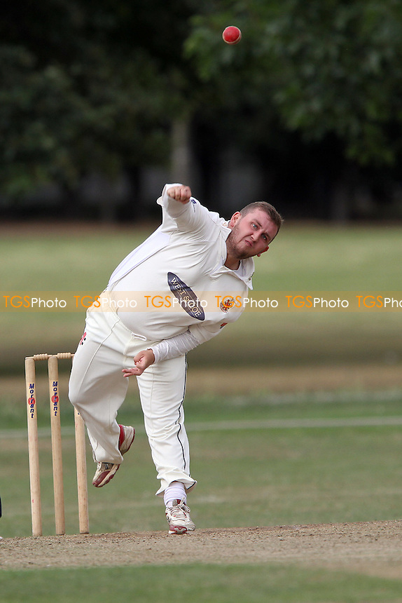 Hornchurch bowler during Upminster CC vs Hornchurch CC, Essex Cricket League at Upminster Park, Upminster, Essex, England on 01/08/2015