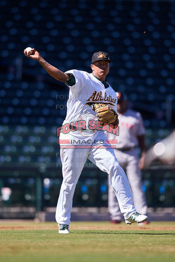 Mesa Solar Sox Yairo Munoz (15), of the Oakland Athletics organization, during a game against the Surprise Saguaros on October 14, 2016 at Sloan Park in Mesa, Arizona.  Mesa defeated Surprise 10-4.  (Mike Janes/Four Seam Images)