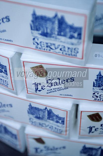 """Europe/France/Auvergne/15/Cantal/Salers: Détail de la vitrine d'une boulangerie-pâtisserie - Les """"Carrés de Salers"""""""