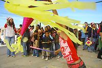Estudiantes del colegio Tezia organizaron una pasada para un grupo de ni–os y  sus madres que acudieron a catesismo.