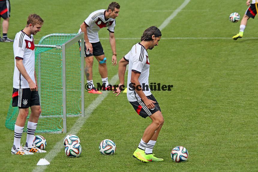 Christoph Kramer, Miroslav Klose, Sami Khedira - Abschlusstraining der Deutschen Nationalmannschaft gegen die U20 im Rahmen der WM-Vorbereitung in St. Martin