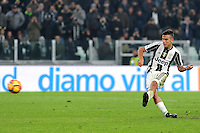 Calcio, semifinale di andata di Tim Cup: Juventus vs Napoli. Torino, Juventus Stadium, 28 febbraio 2017.<br /> Juventus' Paulo Dybala kicks to score his second goal on a penalty kick during the Italian Cup semifinal first leg football match between Juventus and Napoli at Turin's Juventus stadium, 28 February 2017.<br /> UPDATE IMAGES PRESS/Manuela Viganti