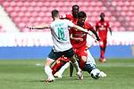 Niklas Moisander (SV Werder Bremen) im Zweikampf mit Danny Latza (FSV Mainz 05), <br /> <br /> Sport: Fussball: 1. Bundesliga:: nphgm001:  Saison 19/20: 33. Spieltag: 1. FSV Mainz 05 vs SV Werder Bremen 20.06.2020<br /> <br /> <br /> Foto: Neis/Eibner/Pool/via gumzmedia/nordphoto<br /> <br /> DFB regulations prohibit any use of photographs as image sequences and/or quasi-video.<br /> Editorial Use ONLY<br /> National and International News Agencies OUT<br /> <br />  DFL REGULATIONS PROHIBIT ANY USE OF PHOTOGRAPHS AS IMAGE SEQUENCES AND OR QUASI VIDEO<br /> EDITORIAL USE ONLY<br /> NATIONAL AND INTERNATIONAL NEWS AGENCIES OUT
