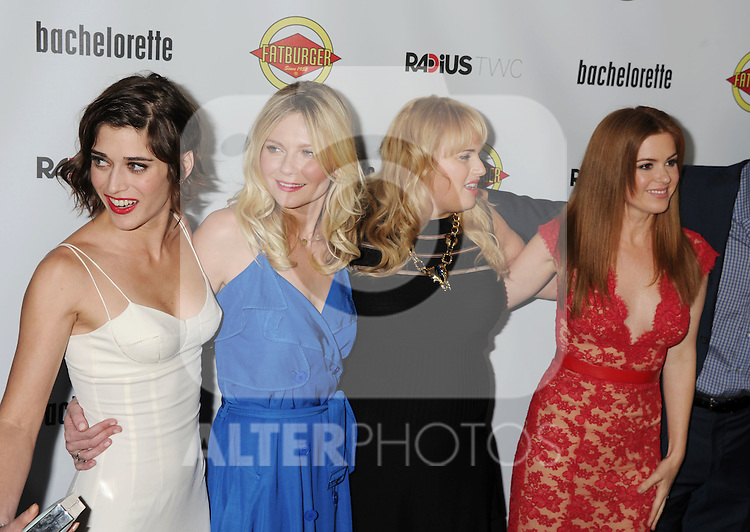 HOLLYWOOD, CA - AUGUST 23: Lizzy Caplan, Kirsten Dunst, Rebel Wilson and Isla Fisher arrive at the Los Angeles premiere of 'Bachelorette' at the Arclight Hollywood on August 23, 2012 in Hollywood, California. /NortePhoto.com.... **CREDITO*OBLIGATORIO** *No*Venta*A*Terceros*..*No*Sale*So*third* ***No*Se*Permite*Hacer Archivo***No*Sale*So*third*