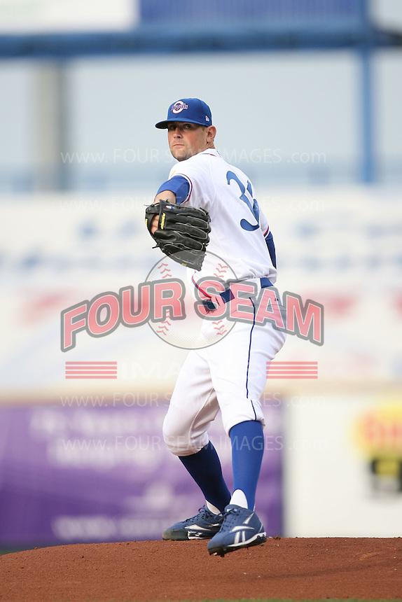 June 2, 2009: Luke Hochevar (36) of the Omaha Royals at Rosenblatt Stadium in Omaha, NE.  Photo by: Chris Proctor/Four Seam Images