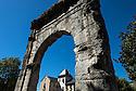 21/08/16 - AIX LES BAINS - SAVOIE - FRANCE - L Arc de CAMPANUS a Aix les Bains - Photo Jerome CHABANNE