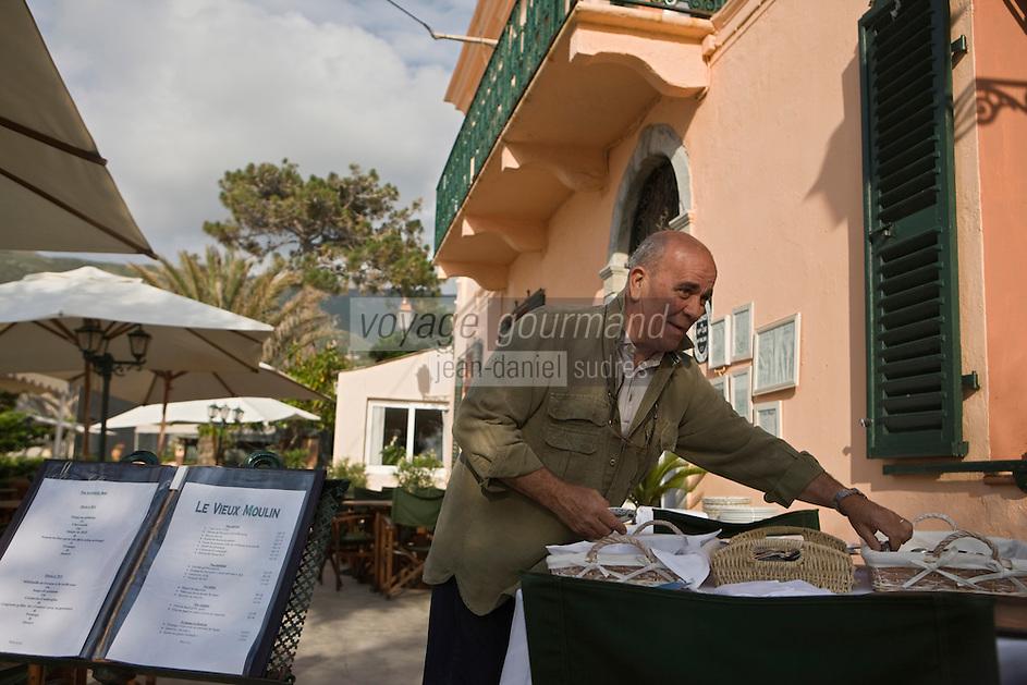 Europe/France/Corse/2B/Haute-Corse/ Cap Corse/Centuri: Pierre Alessandrini  de l' Hôtel-restaurant: Le Vieux Moulin,