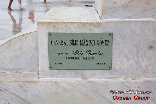 General Máximo Gómez Statue