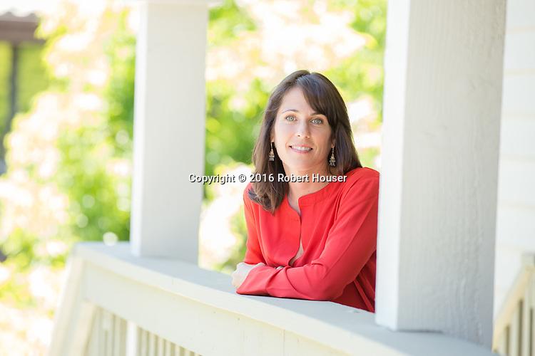 Portrait of Pam Robinson