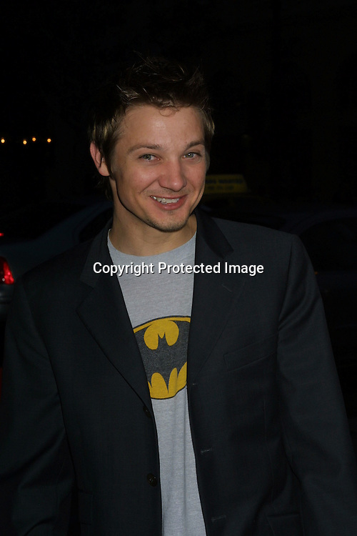 "©2003 KATHY HUTCHINS /HUTCHINS PHOTO.""IDENTITY"" PREMIERE.GRAUMAN'S CHINESE THEATER. HOLLYWOOD, CA.APRIL 21, 2003..JEREMY RENNER"