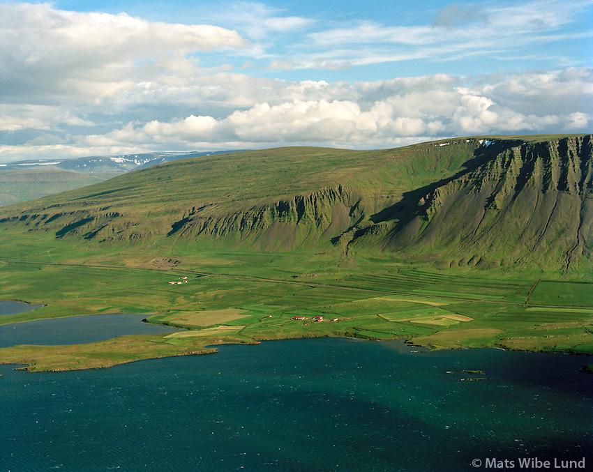 Arkarlækur og Kjalardalur séð til austurs, Hvalfjarðarsveit áður Skilmannahreppur / Arkarlaekur og Kjalæardalur viewing east, Hvalfjardarsveit former Skilmannahreppur.