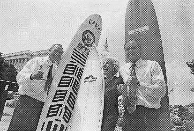 Rep. Dana Rohrabacher, R-Calif., Rep. Jane Harman, D-Calif., and Rep. Brian Bilbray, R-Calif., at the Congressional Surfing Caucus. July 20, 1998. (Photo by Rebecca Roth/CQ Roll Call)