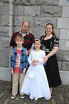 Sarah Archerson, Brother Ben and Parents Elizabeth and Ralph.at first communion in Duleek church..Picture:  www.newsfile.ie ..