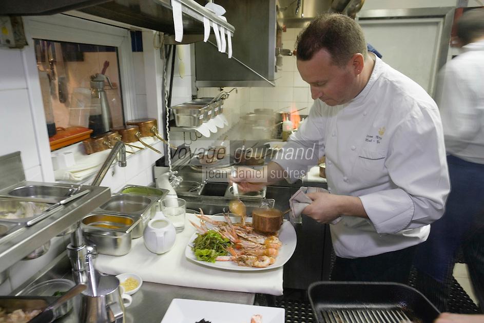 Asie/Israel/Tel-Aviv-Jaffa: Yoram Nitzan chef du Restaurant Mul-Yam sur le vieux port