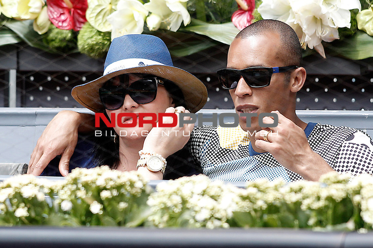 Atletico de Madrid's Joao Miranda with his wife during Madrid Open Tennis 2015 match.May, 8, 2015.Foto © nph / Acero)