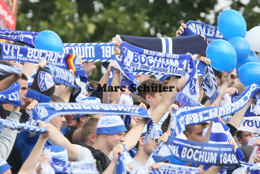 Fans des VfL Bochum- FSV Frankfurt vs. VfL Bochum, Frankfurter Volksbank Stadion