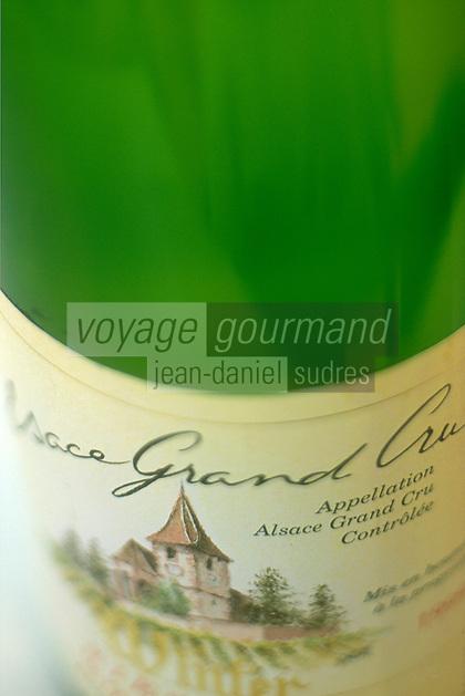 Europe/France/Alsace/68/Haut-Rhin: Dégustation des vins d'Alsace Grand Cru - Détail de l'étiquette