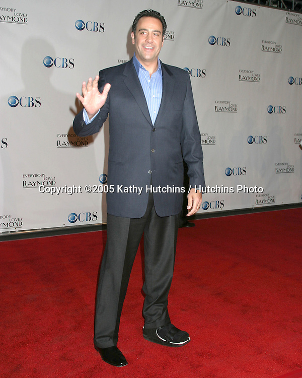 ".Wrap Party for ""Everybody Loves Raymond.Santa Monica, CA.April 28, 2005.©2005 Kathy Hutchins / Hutchins PhotoBrad Garrett.Wrap Party for ""Everybody Loves Raymond.Santa Monica, CA.April 28, 2005.©2005 Kathy Hutchins / Hutchins Photo"
