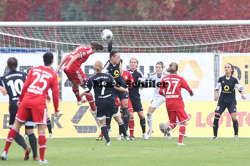 Kopfball Sarah Hagen (Bayern) zum 2:1 - 1. FFC Frankfurt vs. FC Bayern München