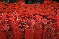 China, Peking (Beijing), im daoistischen Tempel Dongyue Miao (Ostbergtempel), Votivtafeln