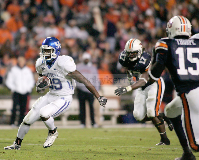 UK tailback Alfonso Smith passes Auburn's defense in the second half of the game at the Jordan-Hare Stadium Saturday..Photo by Zach Brake | Staff