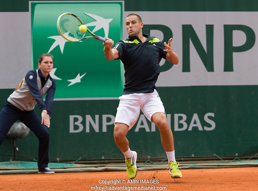 MIKHAIL YOUZHNY (RUS)<br /> <br /> Tennis - French Open 2014 -  Toland Garros - Paris -  ATP-WTA - ITF - 2014  - France -  25 May 2014. <br /> <br /> &copy; AMN IMAGES