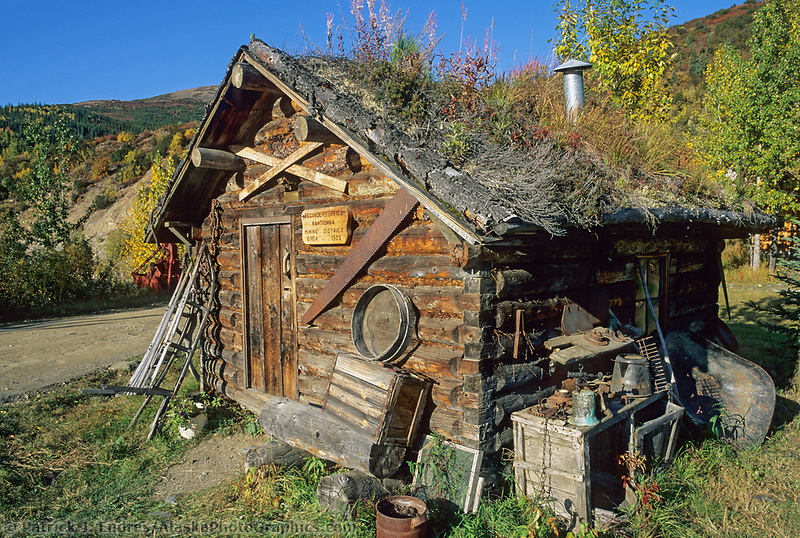 Historic sod roof log cabin for Denali national park cabins
