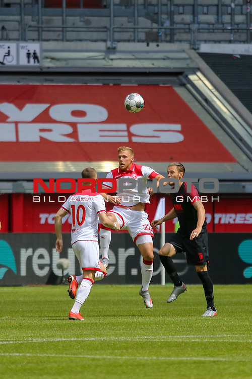 Duesseldorfs Valon Berisha #10, Duesseldorfs Rouwen Hennings #28 <br />1. Fussball Bundesliga 33. Spieltag - Fortuna Duesseldorf vs. FC Augsburg 20.06.2020<br /><br /><br /><br />(Foto: Sebastian Sendlak / wave.inc/POOL/ via Meuter/Nordphoto)<br /><br />DFL regulations prohibit any use of photographs as image sequences and/or quasi-videos.<br /><br />EDITORIAL USE ONLY<br /><br />National and international News-Agencys OUT.
