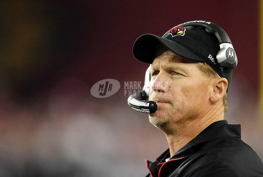 Nov. 29, 2010; Glendale, AZ, USA;  Arizona Cardinals head coach Ken Whisenhunt against the San Francisco 49ers at University of Phoenix Stadium. Mandatory Credit: Mark J. Rebilas-