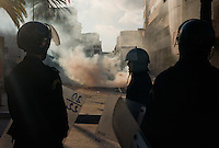 Tunis, January 14, 2011.Police and population clashes on avenue Mohammad 5.