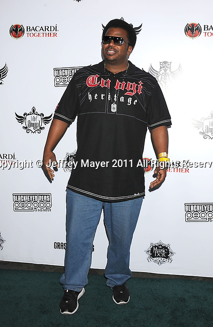 HOLLYWOOD, CA - FEBRUARY 10: Craig Robinson arrives at the 7th annual Peapod benefit concert at the Music Box Theatre on February 10, 2011 in Hollywood, California.